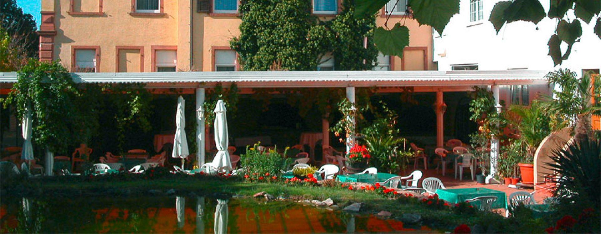 Hotel Garten Terrasse Mediterran Pfalz Deutsche Weinstrasse Zimmer